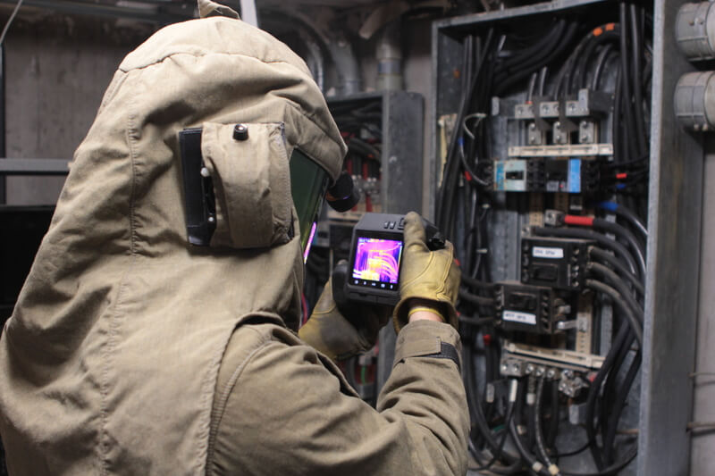 electrical thermal imaging device being used in training